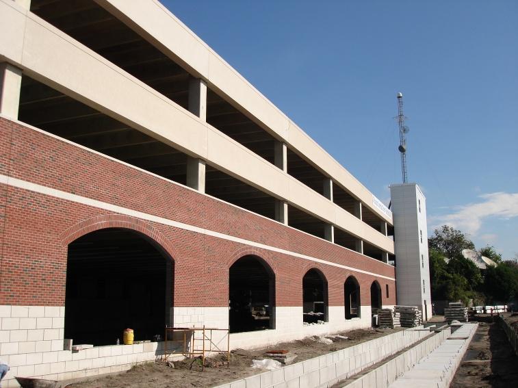 Civic Center Garage: Wilmington Convention Center Parking Garage